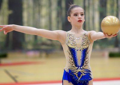 w05227_Antonia-Elisabeth-Usov#Turn-Klubb-zu-Hannover#Ball#NI#